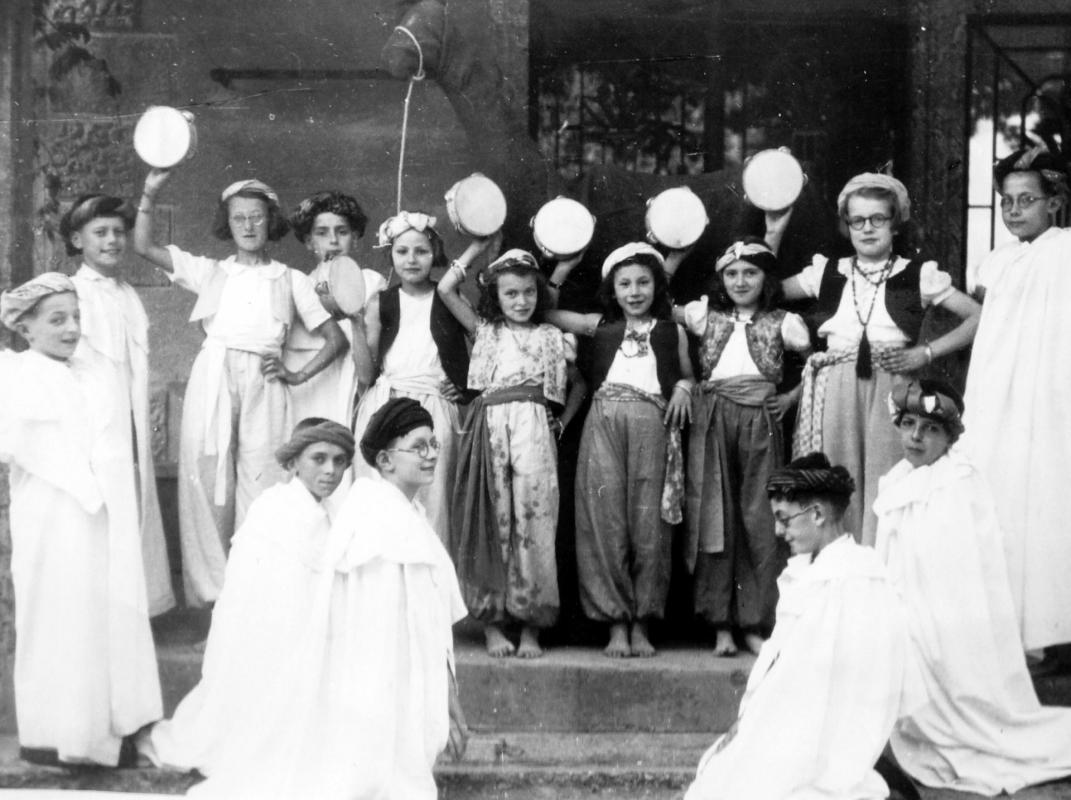 Fete scolaire 19411942 ecole communale de saissac 2